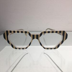 Lancono - Black stripe